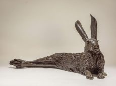 nick-mackman-laying-hare-bronze